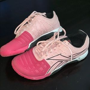 Reebok CrossFit shoes size/7 color/pink